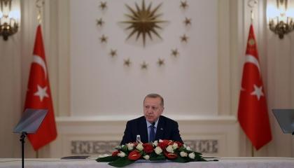 أردوغان يعلن تفشي «كورونا» في صفوف الجيش التركي ويحذر الشعب من تضحيات جديدة