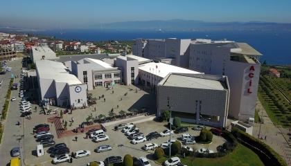 الأتراك يسرقون المستشفيات العامة من أجل الحصول على المطهرات