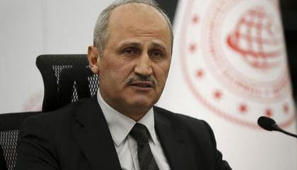 أردوغان يطيح بوزير النقل التركي فجرًا دون ذكر أسباب