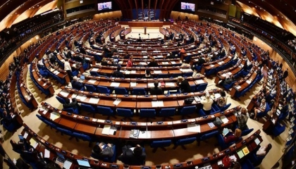 المجلس الأوروبي يدعو للإفراج عن المعتقلين السياسيين بتركيا