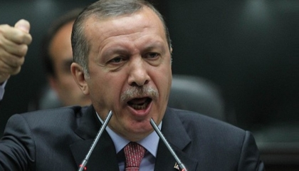 المديرون 500 ليرة والضباط 100.. إجبار أفراد الشرطة على التبرع لحملة أردوغان