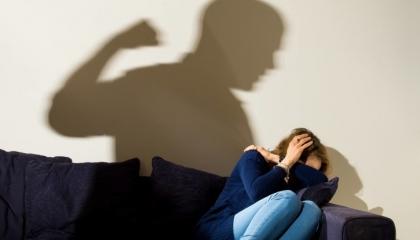 «ابق في المنزل» تتسبب في ارتفاع جرائم العنف الأسري بتركيا