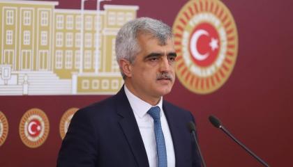 نائب تركي يفضح نظام أردوغان: يُخلي السجون ليحبس المزيد من المعارضين