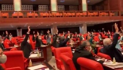 «العدالة والتنمية» يرفض اقتراح قانون لحماية الأطباء
