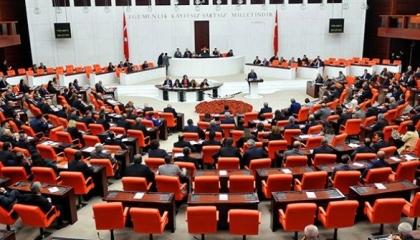 نواب العدالة والتنمية يرفضون اقتراحًا للمعارضة أمس.. ويقترحونه اليوم