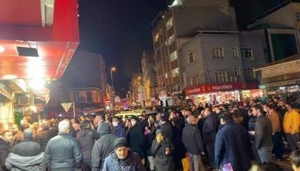 بالفيديو.. الذعر يسيطر على الشارع التركي بسبب قرارات الحظر المفاجئة