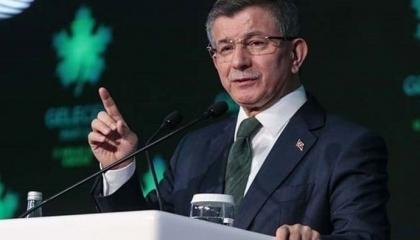 داوود أوغلو يهاجم حكومة أردوغان: طريقة حظر التجول خاطئة