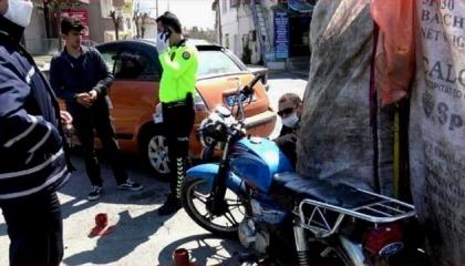 الشرطة التركية تلاحق اللاجئين السوريين العاملين في فرز النفايات