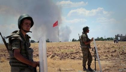 سقوط قتلى بين قوات تركية وفصائل موالية برأس العين في شمال سوريا