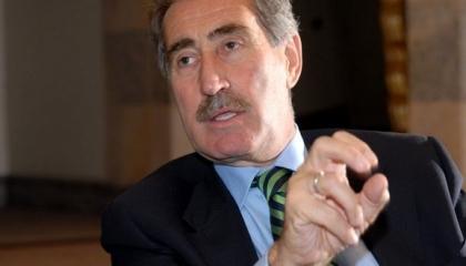 وزير تركي سابق يطالب برفع الحصار عن سوريا ومساعدة الأسد في أزمة «كورونا»