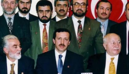 وثائق: أردوغان اختلس أموال بلدية إسطنبول لتمويل حملات حزبه والصعود للحكم