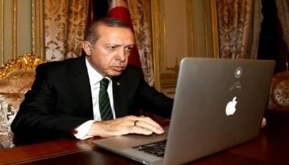 أردوغان يواصل جرائمه بحق الصحافة ويحجب أكبر المواقع العربية في تركيا