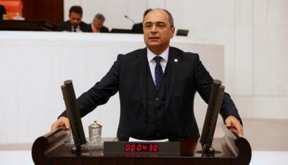 تساءل عن مصير أطفال المعتقلات.. نائب: «تعديل الأحكام» وصمة عار بتاريخ تركيا