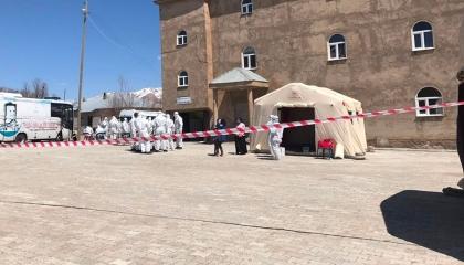 حي تركي يسجل 44 إصابة جديدة بـ«كورونا» بعد فضح تكتم الحكومة