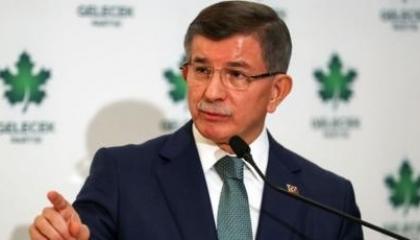 داود أوغلو: دفاعي عن أردوغان لا يعني الصمت عن أخطائه في حق تركيا