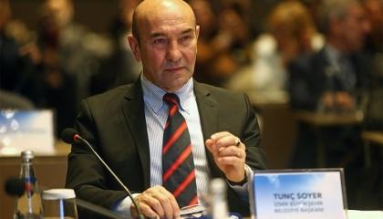 رئيس بلدية إزمير التركية يطالب السلطة بالسماح للمعارضة بمكافحة كورونا