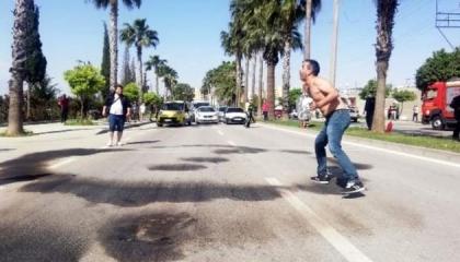 مواطن تركي يحاول إشعال النار في نفسه لعدم حصوله على راتبه