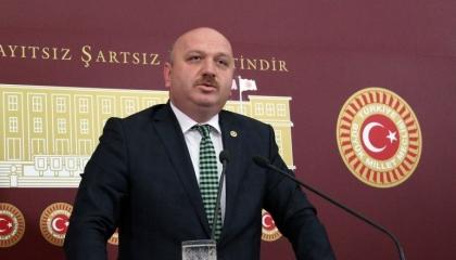 نواب أردوغان يدشنون حسابات وهمية لزيادة التعليقات والمتابعات على «تويتر»