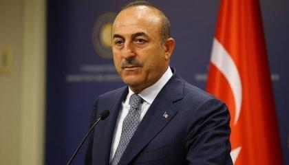 جاويش أوغلو يطالب اليونان بشكر تركيا لإنقاذها 3 عالقين بجيبوتي
