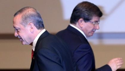 بالفيديو.. أردوغان يبرئ داود أوغلو من دماء المسجد الأموي