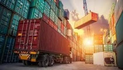 الاقتصاد التركي يتهاوى ويسجل 181.6% عجزًا في التجارة الخارجية