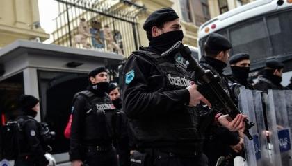 تركيا تعتقل إمام مسجد تسبب في تفشي فيروس كورونا بقرية تاشكين باشا