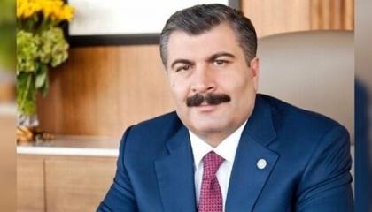 بالفيديو: الأتراك العائدون من السويد على طائرة خاصة أقارب وزير صحة أردوغان