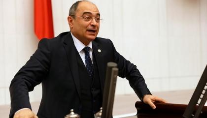 نائب معارض: الحكومة التركية أقصت وسائل الإعلام المستقلة.. ولا بد من دعمها