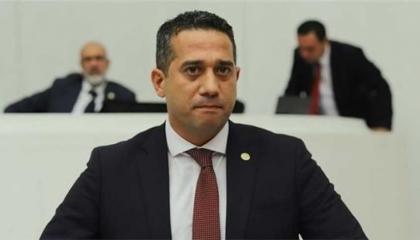 فيديو.. نائب معارض: لا حديث عن ديمقراطية في دولة يهين رئيسها زعيم المعارضة