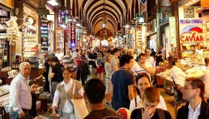 إسطنبول تسجل ارتفاعات قياسية في أسعار الأغذية والملابس في ظل تفشي كورونا