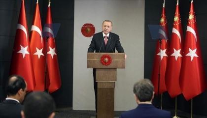 أردوغان يعلن فتح المولات والأسواق تدريجيًا رغم تصاعد الإصابات بكورونا