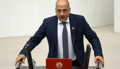 المدعي العام التركي يطالب برفع الحصانة عن برلماني تضامن مع طلاب البوسفور
