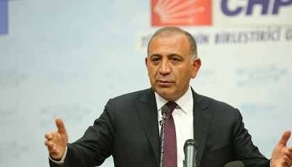 نائب تركي: الأوضاع كارثية وسياسة النظام الحاكم تدفع بسفينة الوطن إلى الصدام
