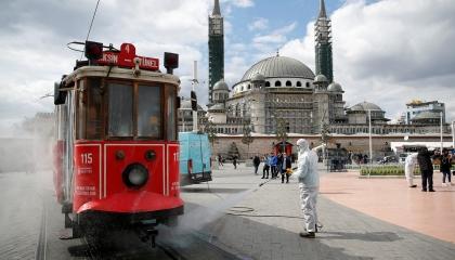 تركيا تسجل 1542 إصابة جديدة بفيروس كورونا والوفيات تقترب من 4 آلاف حالة