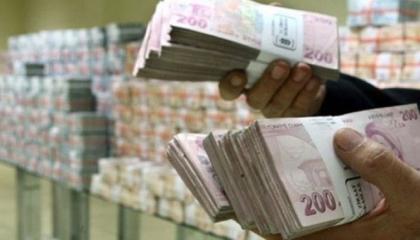 العجز النقدي في تركيا يتخطى حاجز الـ150 مليار ليرة في ظل أزمة كورونا