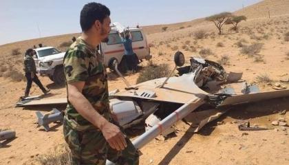 الجيش الليبي يٌسقط طائرتين تركيتين  وأسر 9 من الميليشات التابعة لأردوغان