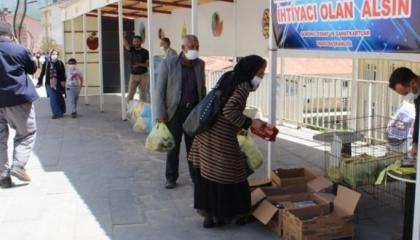فضيحة.. حزب أردوغان يستولي على أموال المساعدات في بلدية شمدينلي