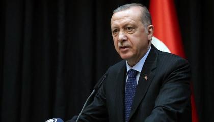 مستشار أردوغان السابق ينتقد «العدالة والتنمية»: لا يهمهم سوى جمع المال