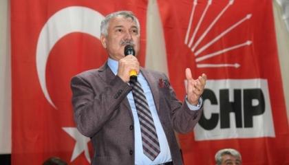 """صحفي موالٍ لأردوغان يهدد بعزل رئيس بلدية ينتمي لـ""""الشعب الجمهوري"""""""
