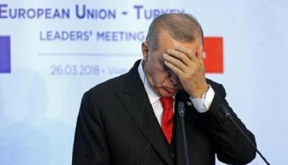 اضطراب في القصر الرئاسي التركي بسبب استطلاعات رأي تؤكد الإطاحة بأردوغان