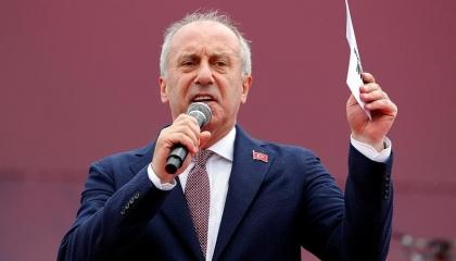 """نائب سابق تعليقا على إقالة 10 من """"الإحصاء التركي"""": انتظروا أرقامًا كارثية"""