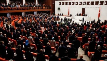 فيروس كورونا يضرب برلمان تركيا من جديد.. والمجلس يدعو أعضاءه للحجر المنزلي