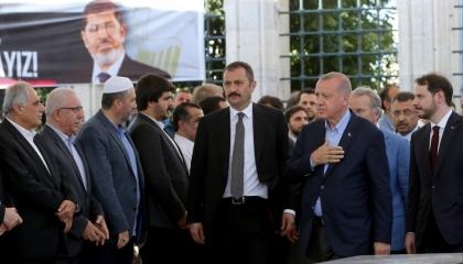 ننشر تفاصيل مكالمة مسربة لأردوغان تفضح تدخله بمصر خلال حكم مرسي:الشاطر يحكم