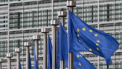 أوروبا تقرر مواصلة حظر السفر إلى تركيا بسبب عدم الثقة في بياناتها عن كورونا