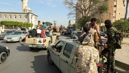 واشنطن تدعو لطرد المرتزقة من ليبيا وعودة المؤسسات النفطية إلى العمل فورًا
