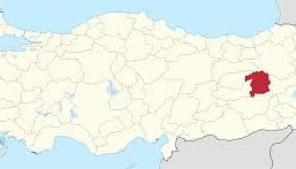 عاجل.. زلزال عنيف بقوة 5.9 درجات يضرب مدينة بينكل التركية