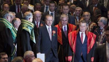 وثائق جديدة تفضح تورط القضاء التركي في بيع خطط «حرب محتملة» مع اليونان