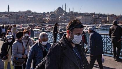 تركيا تفرض الكمامات على المواطنين في أنقرة وبورصه وإسطنبول
