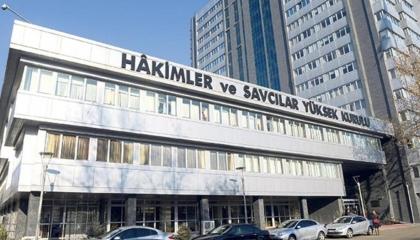 أردوغان يغيّر خريطة القضاء.. تنقلات واسعة لأكثر من 4 آلاف قاضٍ بـ15محافظة