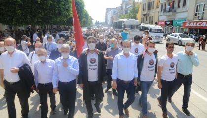 بالصور.. المحامون الأتراك ينتفضون ضد أردوغان وينظمون احتجاجات في 41 محافظة